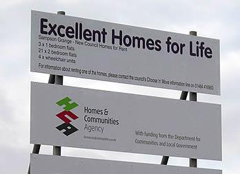 Site Sign, Huddersfield, Wates Group Thumb