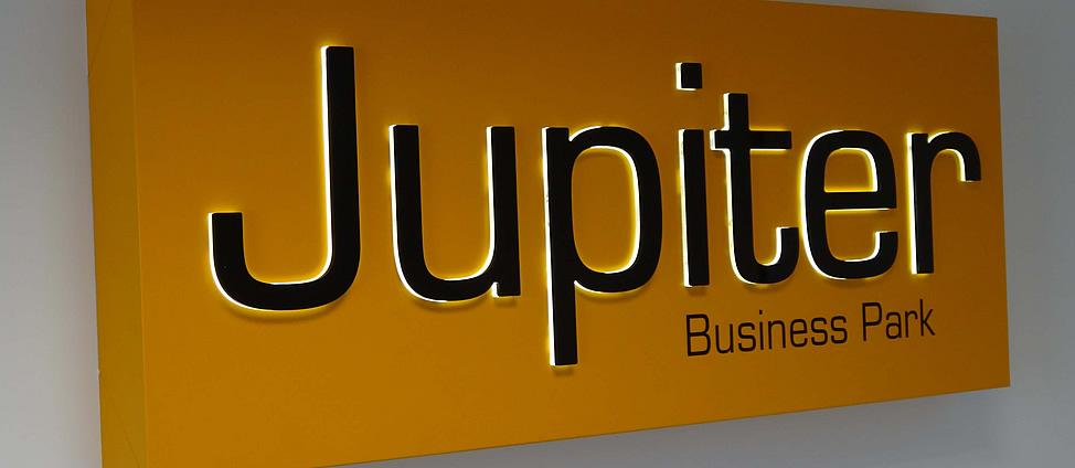 Signline Yorkshire, Illuminated Sign Slider, Jupiter Business Park
